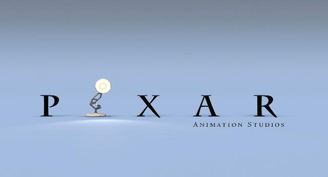 El logo de Pixar nació gracias al exitoso estreno del estudio. Los espectadores se encariñaron tanto con la lámpara Luxo Jr., protagonista del corto homónimo de 1986, que la compañía decidió que ocupara el lugar de la letra 'I' en su logotipo.