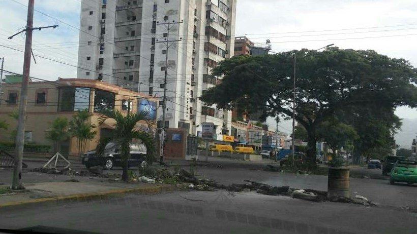 Foto: En Aragua montaron barricadas para el trancazo desde temprano / Cortesía