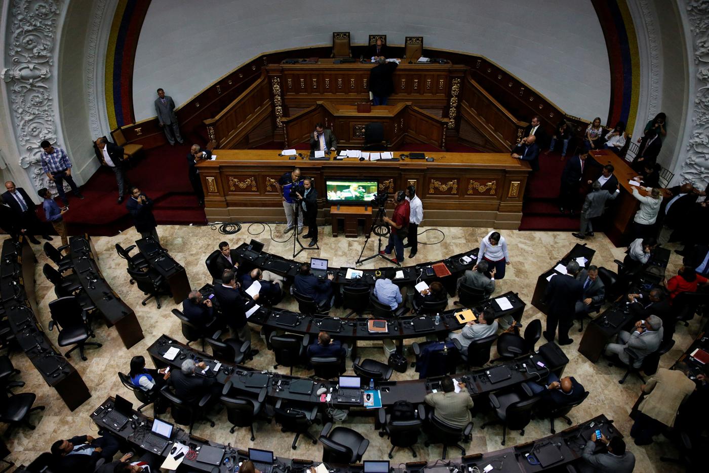 Imagen de la sesión ordinaria de la Asamblea Nacional realizada el martes 13 de junio de 2017. Foto: Reuters/Ivan Alvarado