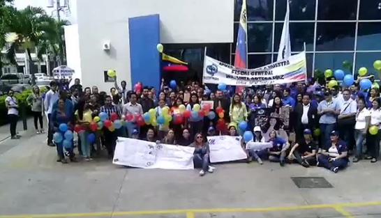 Foto: Fiscales de Lara protestaron este lunes / Karina Peraza
