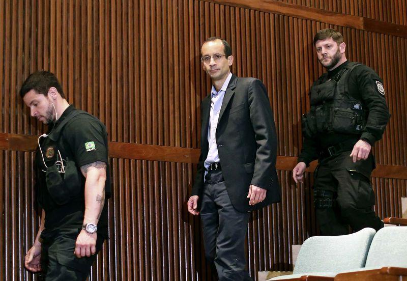 Marcelo Odebrecht, presidente del gigante brasileño de construcción Odebrecht, llega para una audiencia de la comisión parlamentaria de la investigación de Petrobras en el Tribunal Federal de Justicia en Curitiba el 1 de septiembre de 2015. Foto: Heuler Andrey/AFP.