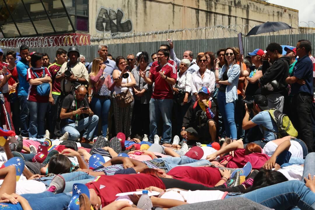 El diputado, Freddy Guevara señaló que el país se debe preparar para una gran huelga nacional. Foto: Will Jiménez / LaPatilla.com