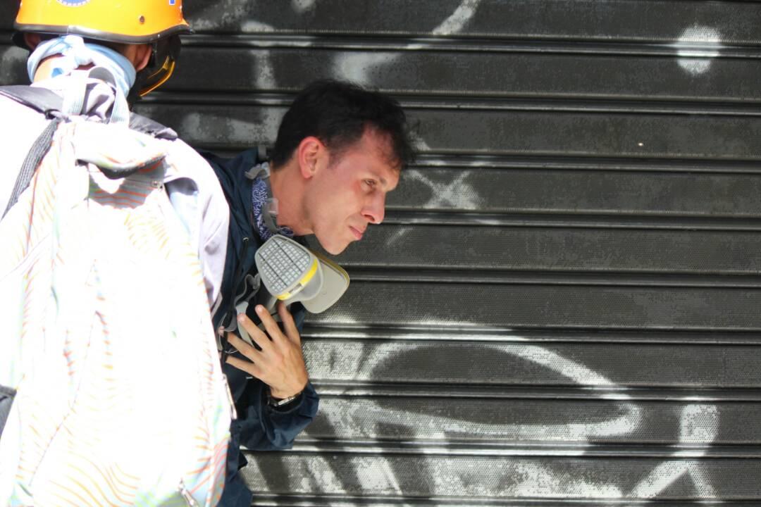 Reprimen en Chacaíto a manifestantes que marchaban hacia la Fiscalía. Foto: Régulo Gómez / LaPatilla.com