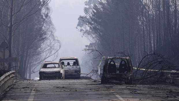carretera-facebook-incendio-portugal-kEbE--620x349@abc