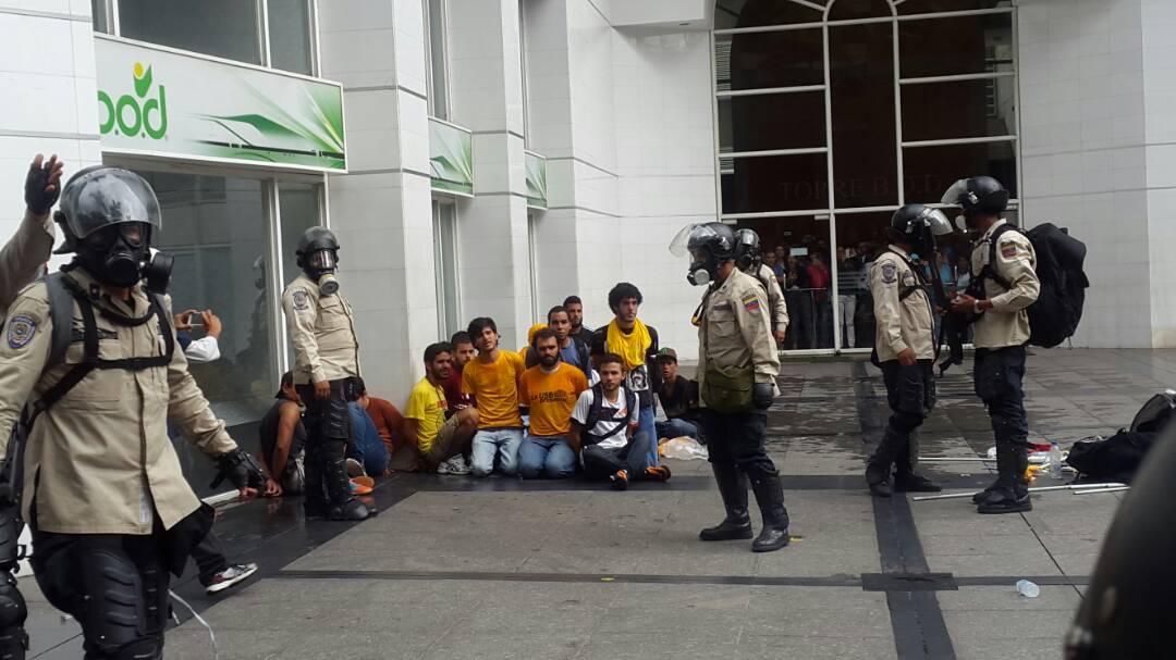 detenidos-estudiantes