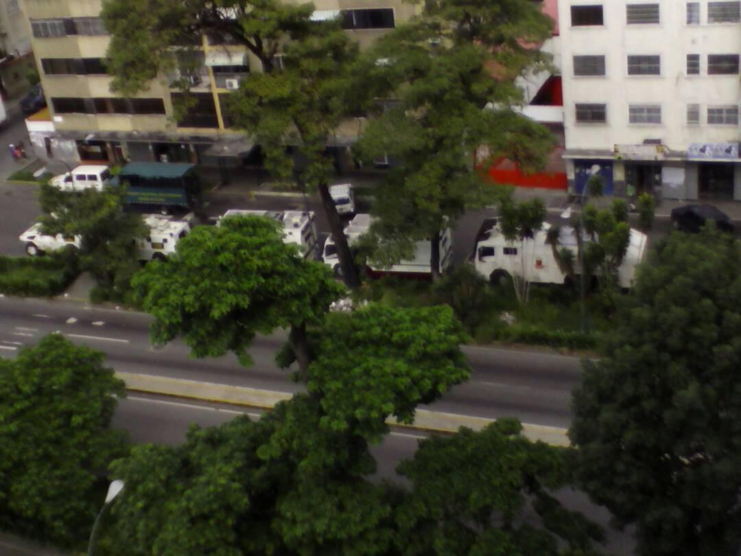 Foto: Tanquetas de la GNB llegan a El Paraíso / Cortesía