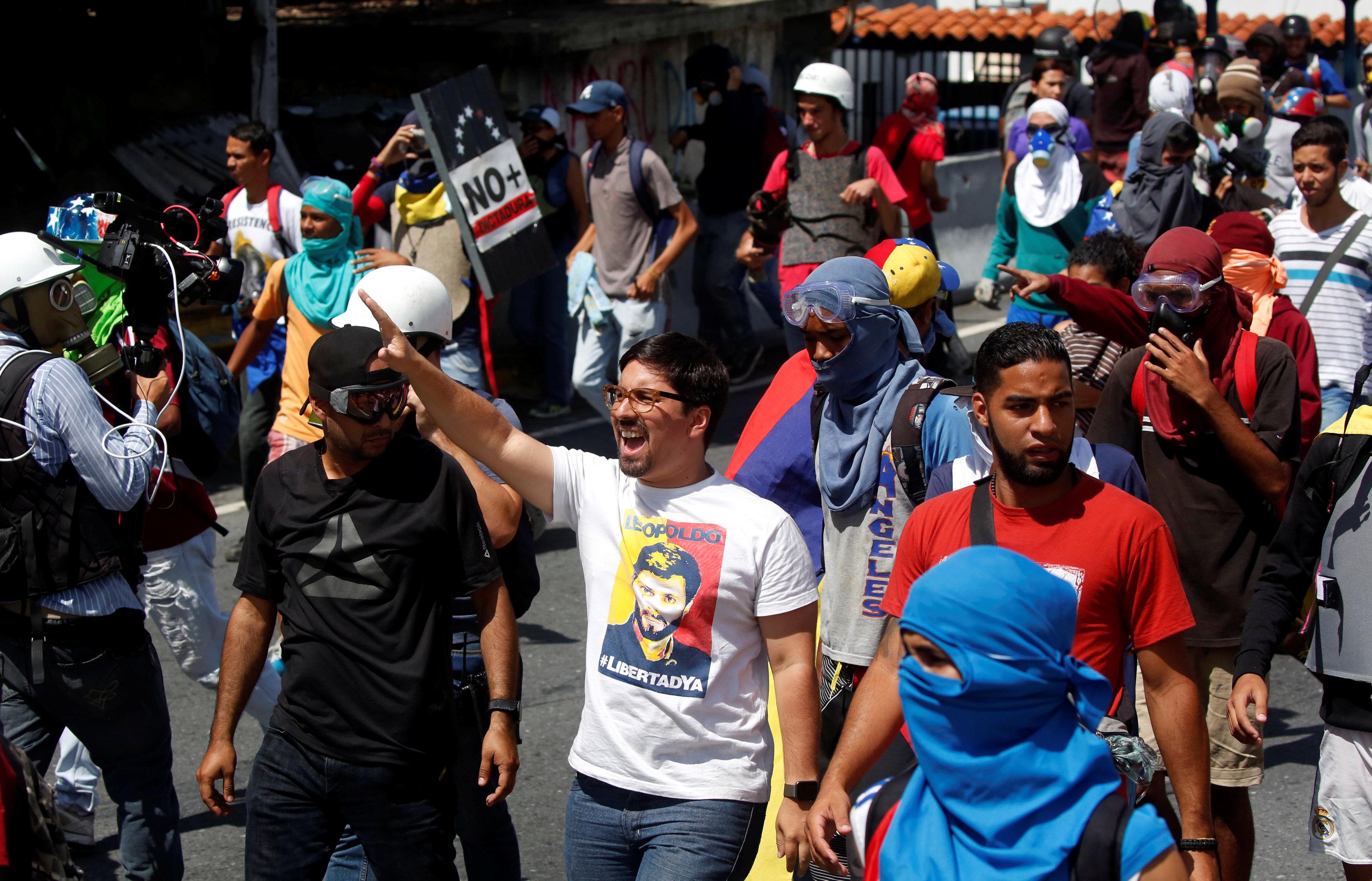 El primer vicepresidente de la AN, diputado, Freddy Guevara asistió a la movilización en Caracas. REUTERS/Carlos Garcia Rawlins