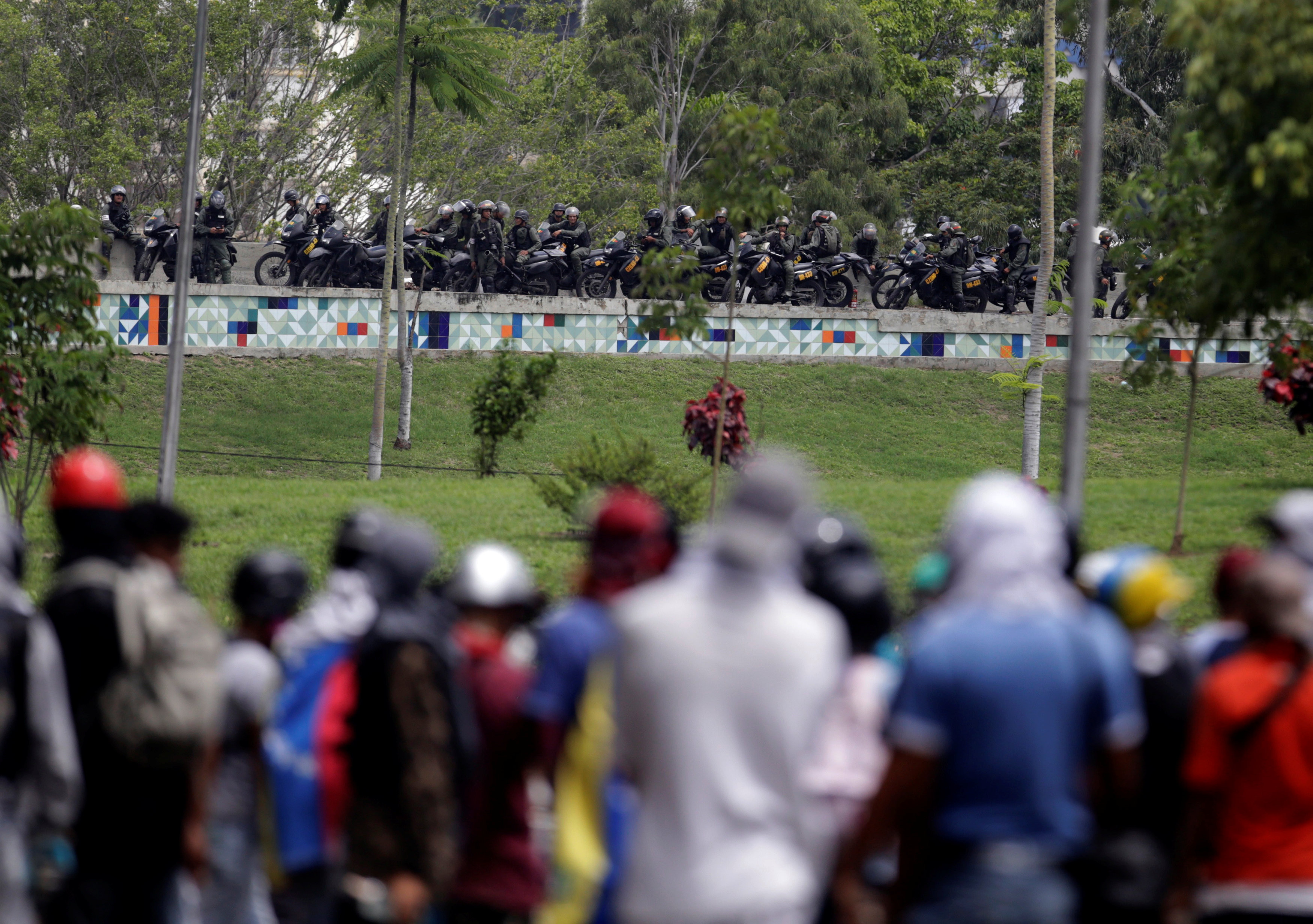 Al menos 96 personas han perdido la vida producto de la brutal represión de los cuerpos de seguridad en las manifestaciones. REUTERS/Fabiola Ferrero
