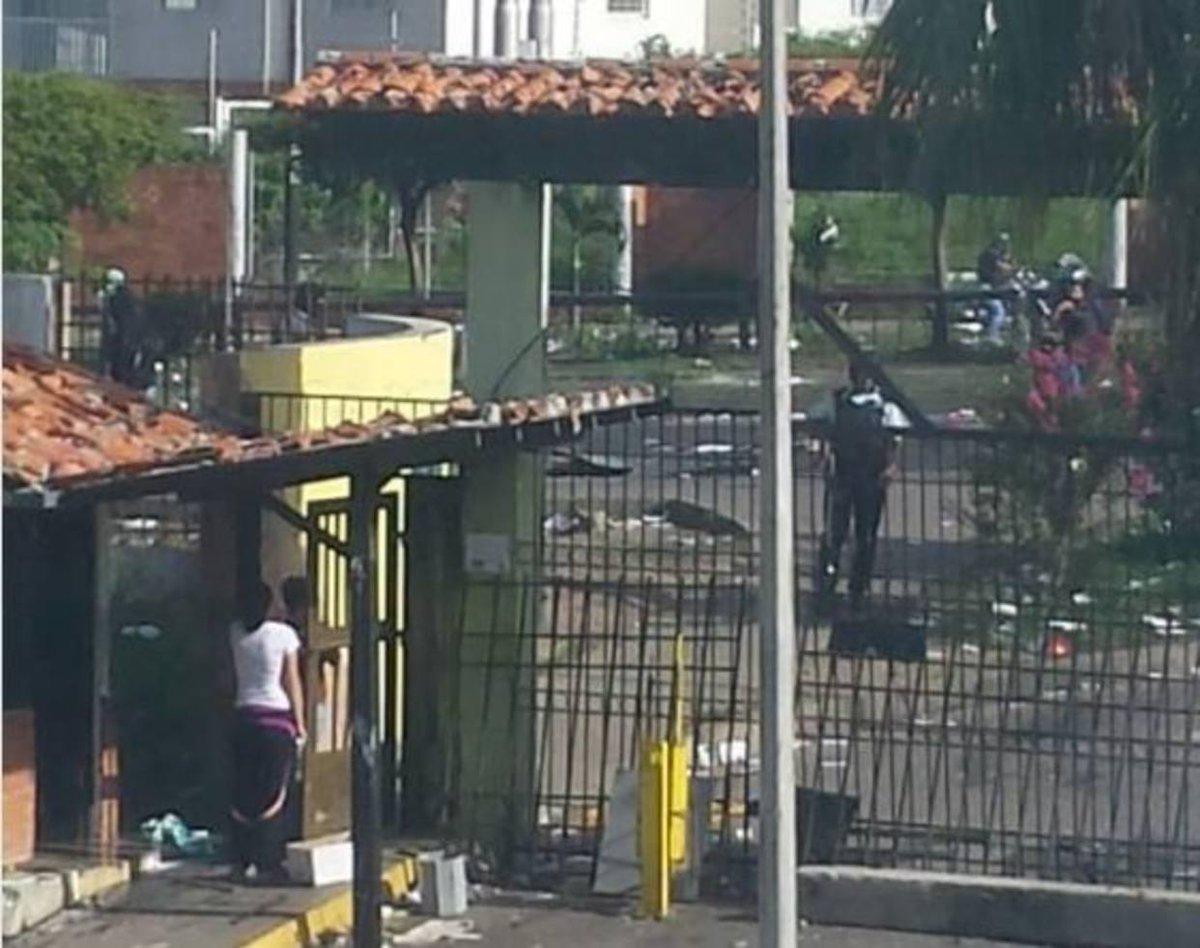 Continúa la represión en Ejido: Paramilitares disparan contra residencia El Molino