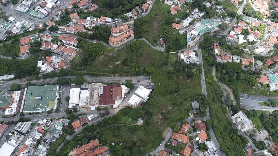 Vista aérea sobre el túnel de La Trinidad jueves 27 de julio de 2017 durante el paro nacional a las 12:35 pm