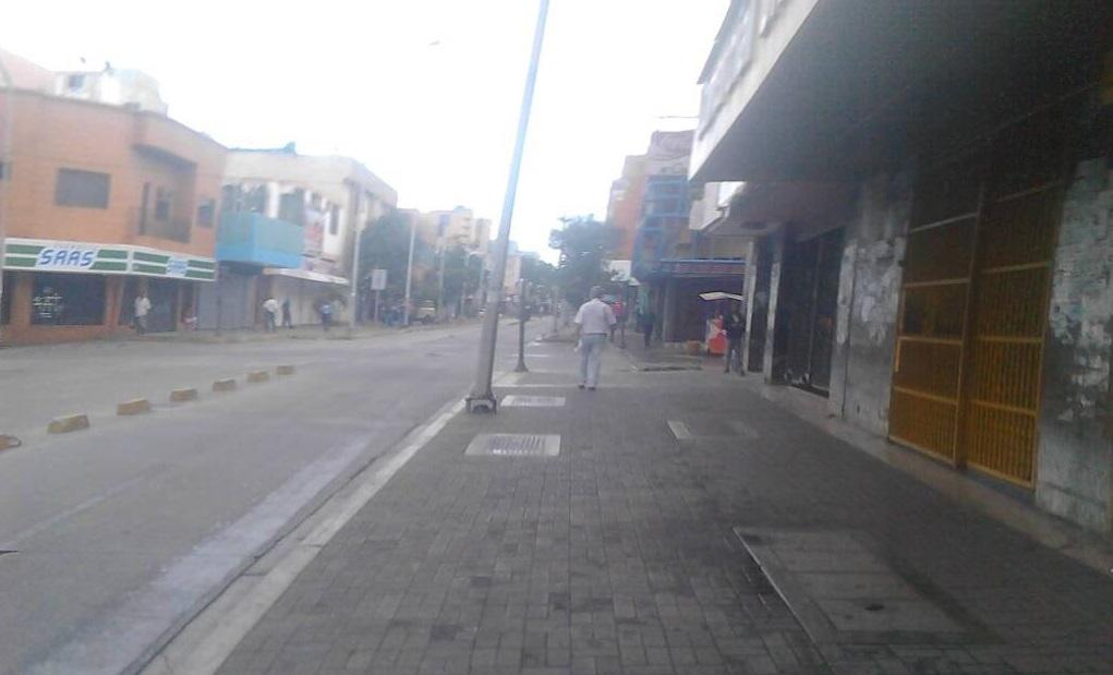 Barquisimeto se mantiene en #ParoNacional (Fotos)