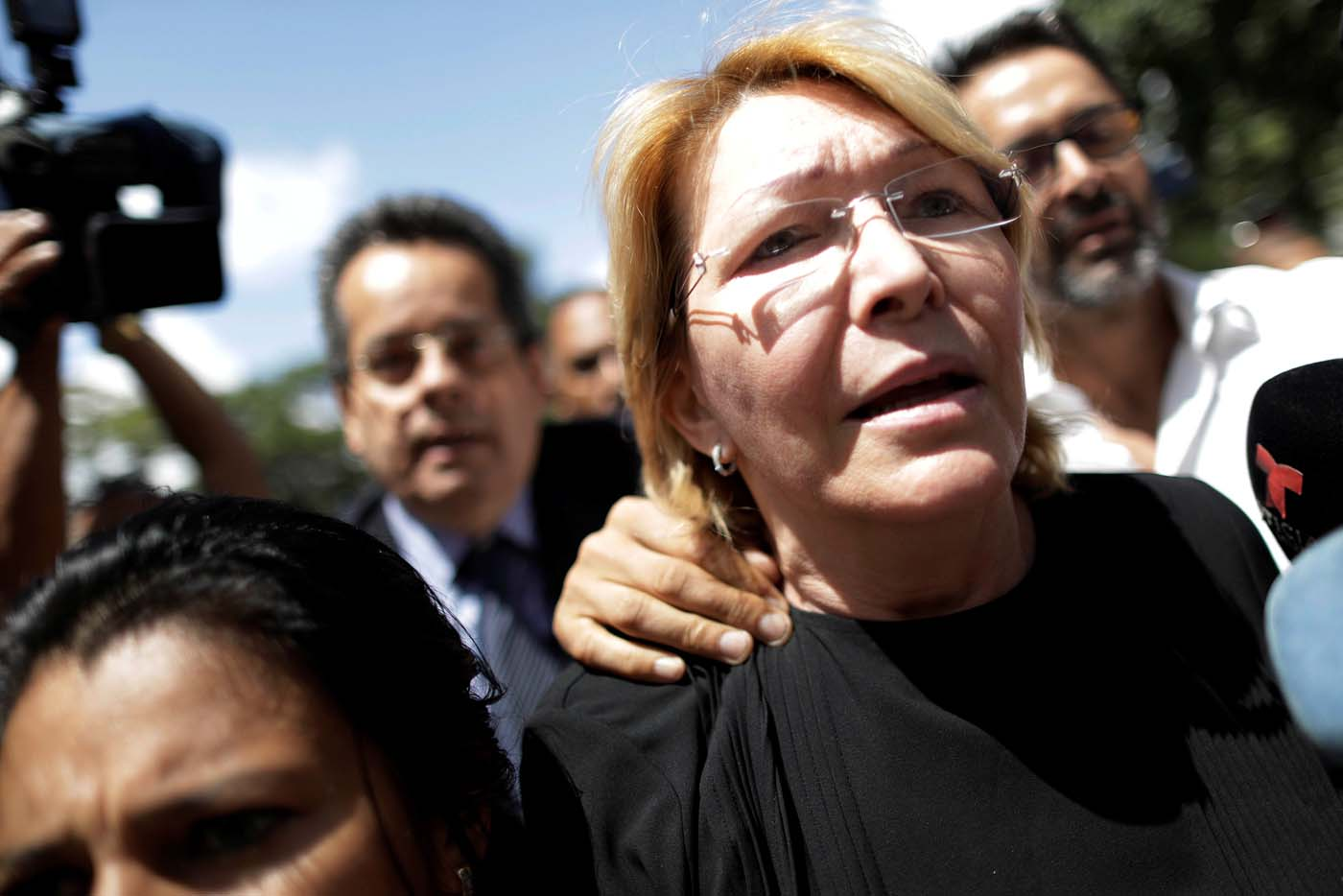 Venezuela's chief prosecutor Luisa Ortega Diaz is seen in front of the Public prosecutor's office in Caracas, Venezuela August 5, 2017. REUTERS/Ueslei Marcelino