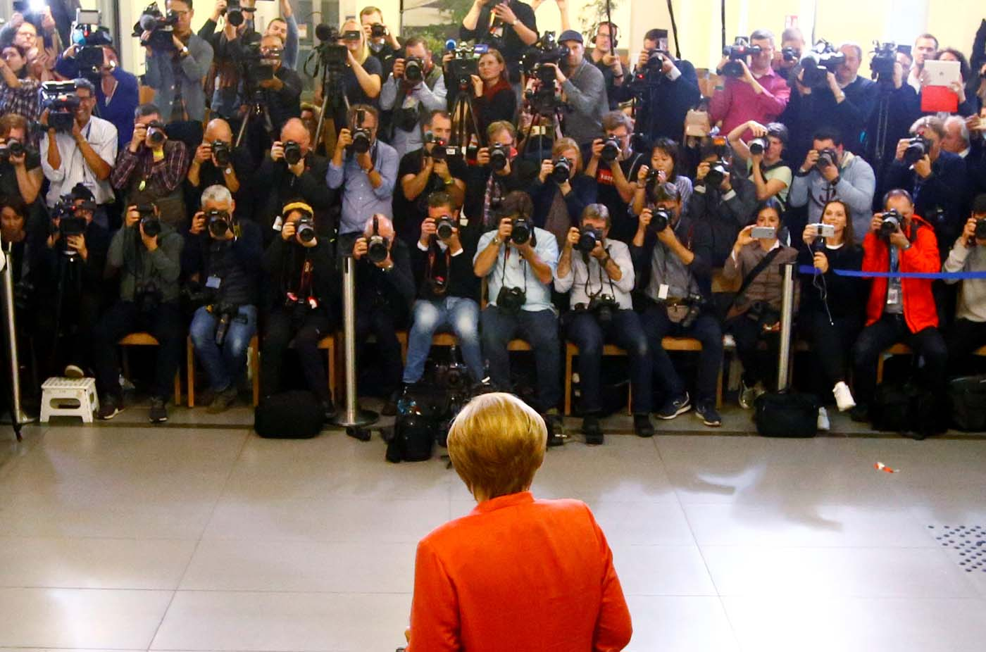German Chancellor and leader of the Christian Democratic Union CDU Angela Merkel votes in the general election (Bundestagswahl) in Berlin, Germany, September 24, 2017. REUTERS/Fabrizio Bensch