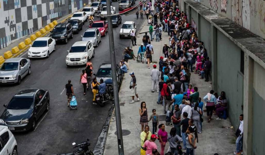 ¡GRACIAS A LA ROBOLUCIÓN! Venezuela, de país rico a muy pobre en apenas 20 años (+ gráficos)