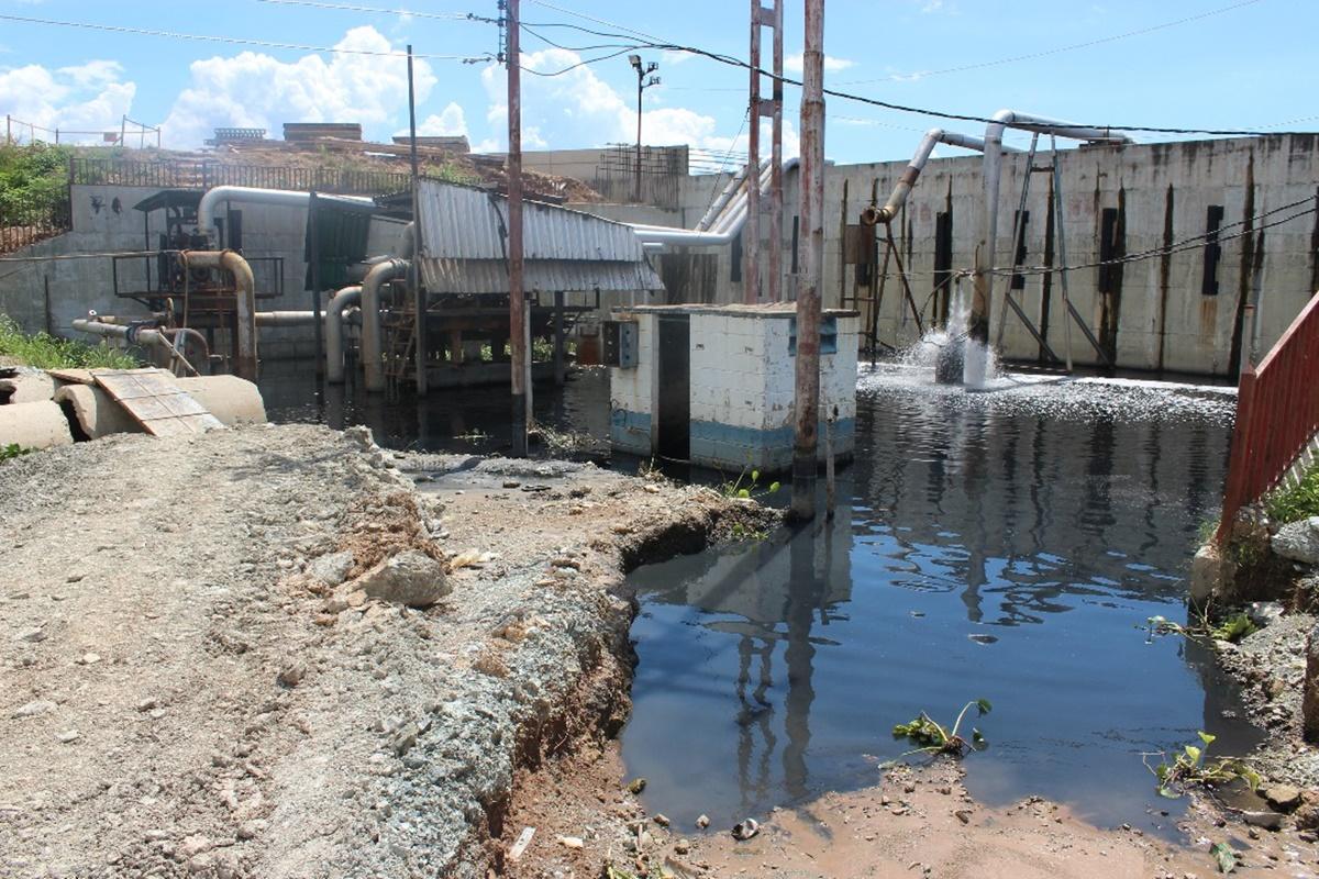 Bombas extractoras de aguas negras / Foto: Mildred Manrique, 800Noticias