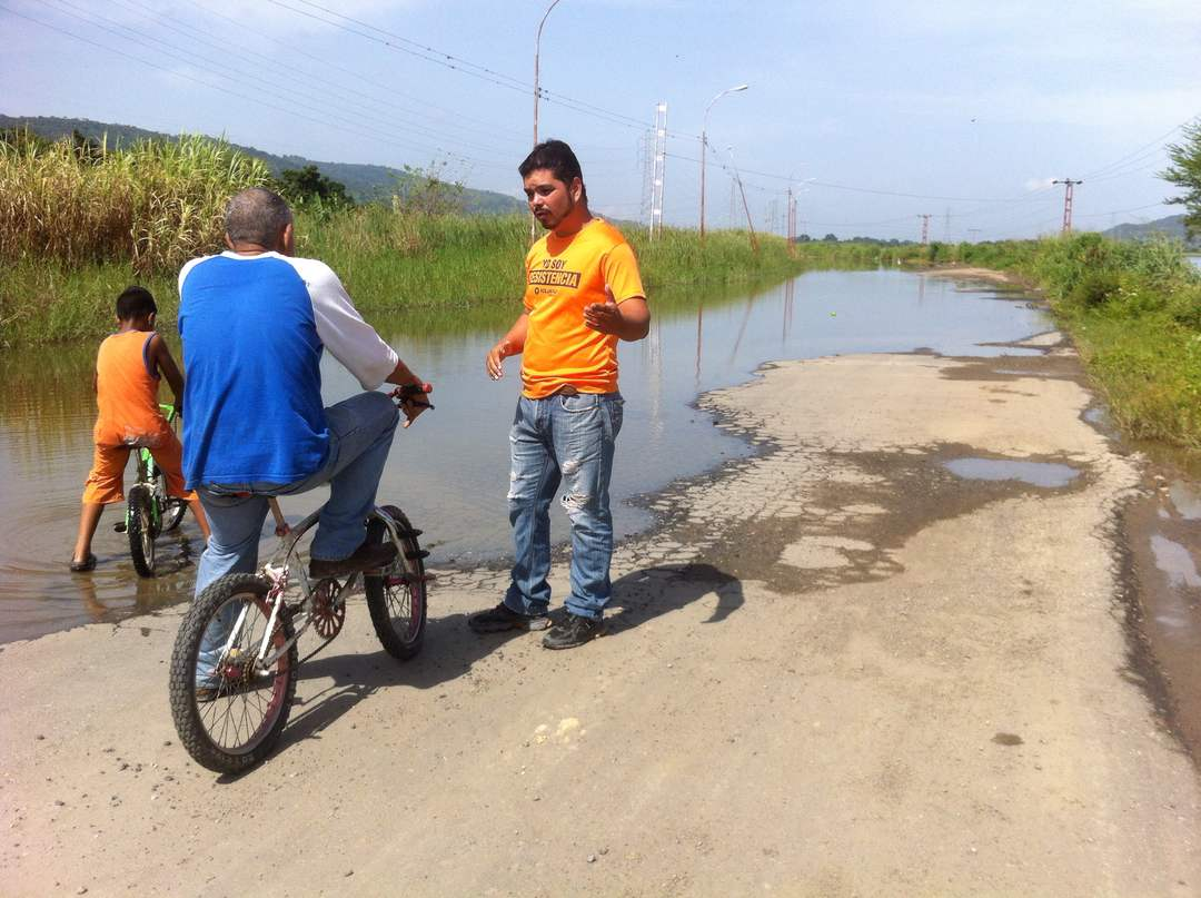 Sector agroproductivo de Carlos Arvelos podría quedar incomunicado por crecida del Lago de Valencia