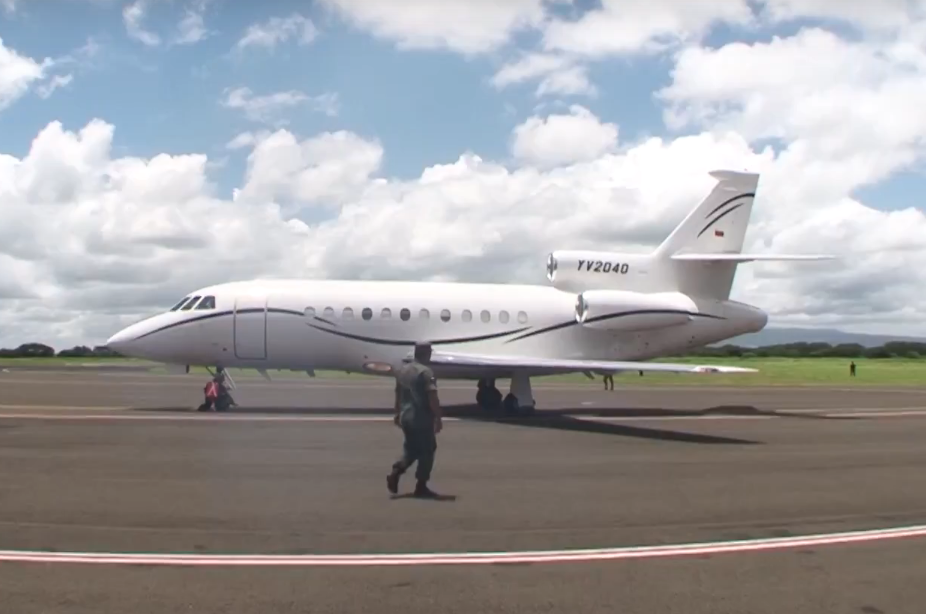 Foto: El avión Falcon 900 YV2040 pertenece a la estatal petrolera venezolana