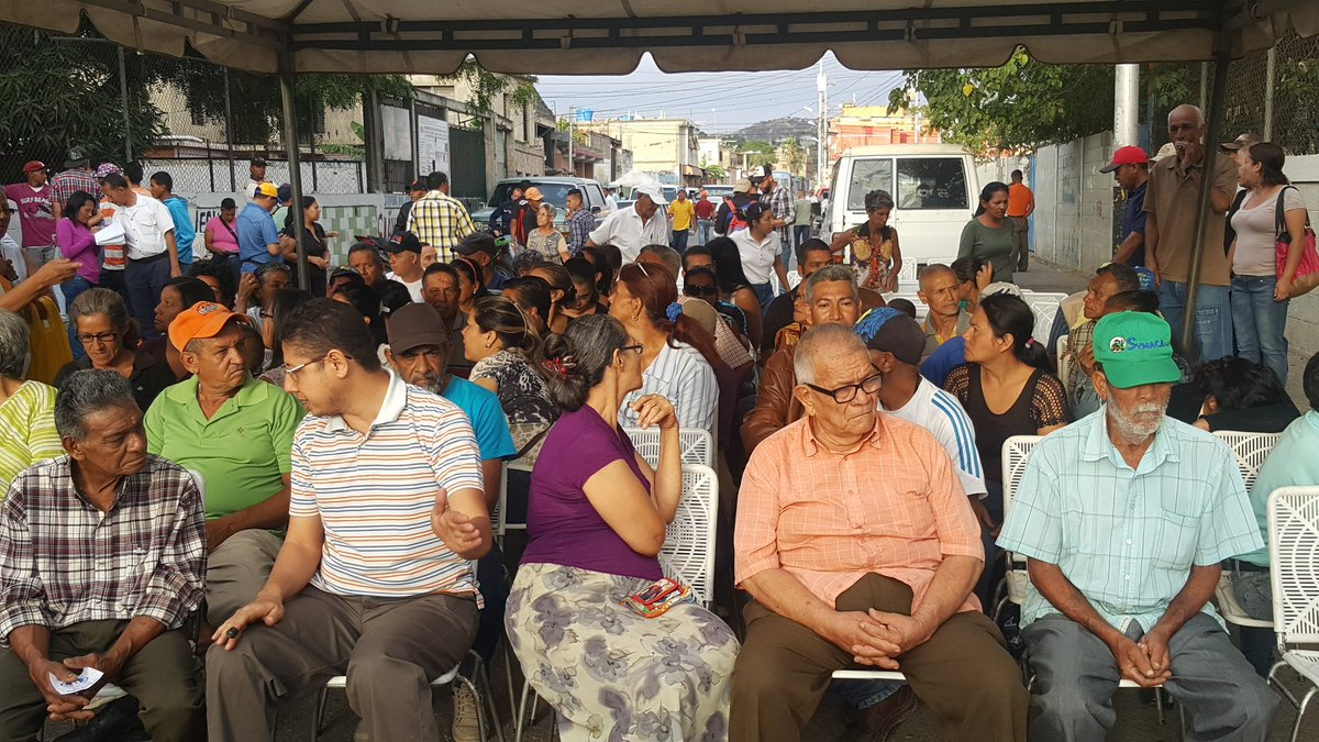 Foto: Larenses eligen candidatos para las regionales /