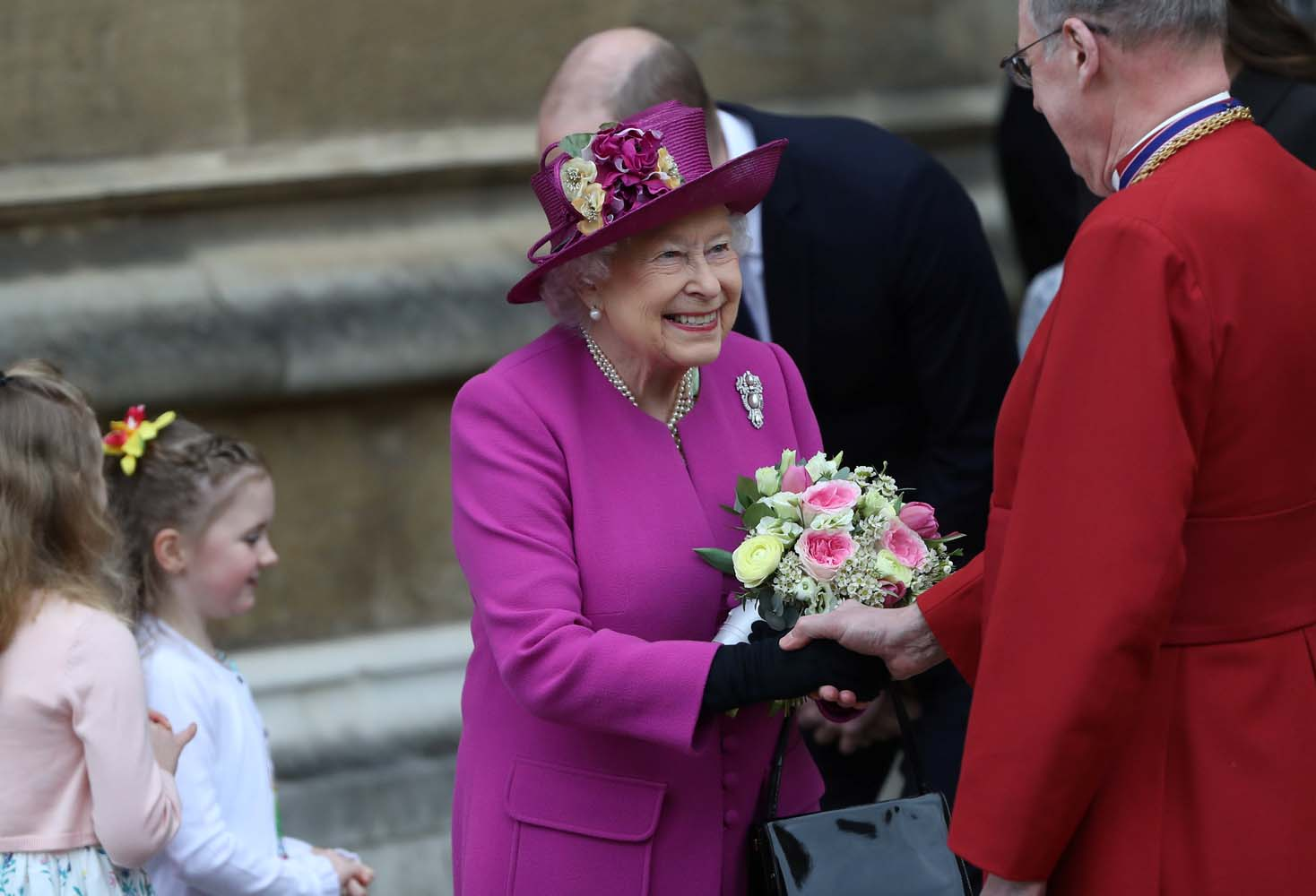 Britain's Queen Elizabeth leaves the annual Easter Sunday service at St George's Chapel at Windsor Castle in Windsor, Britain, April 1, 2018. REUTERS/Simon Dawson