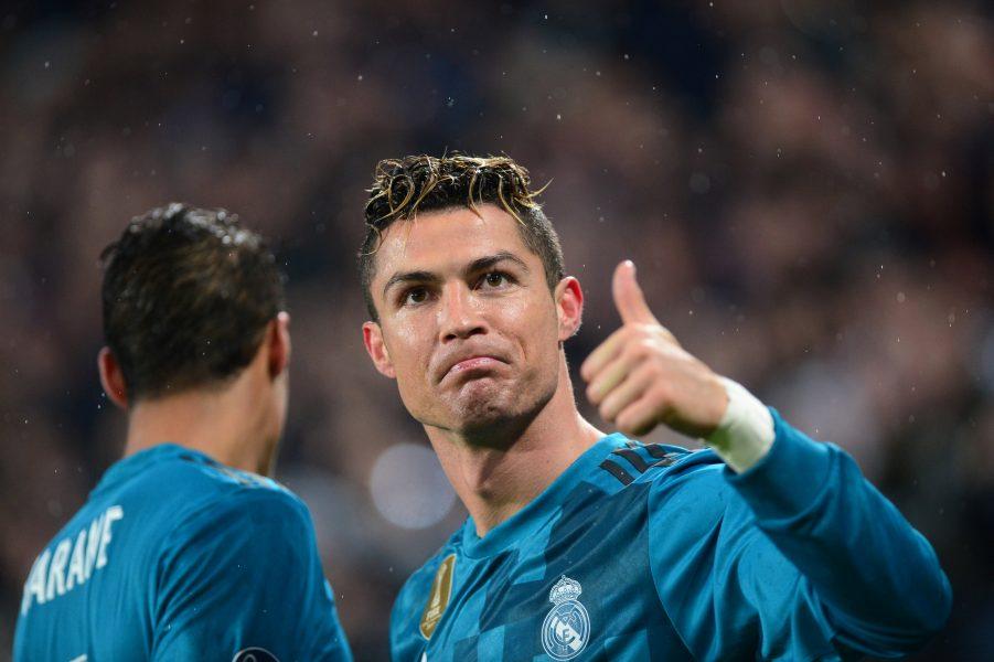 Soccer Football - Champions League Quarter Final First Leg - Juventus vs Real Madrid - Allianz Stadium, Turin, Italy - April 3, 2018 Real Madrid's Cristiano Ronaldo celebrates scoring their second goal REUTERS/Massimo Pinca