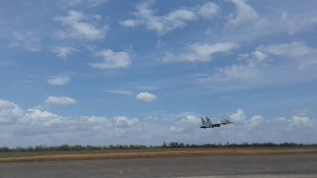 Foto: Aviación venezolana practica maniobras militares cerca de Guyana  / @AviacionFANB - Twitter