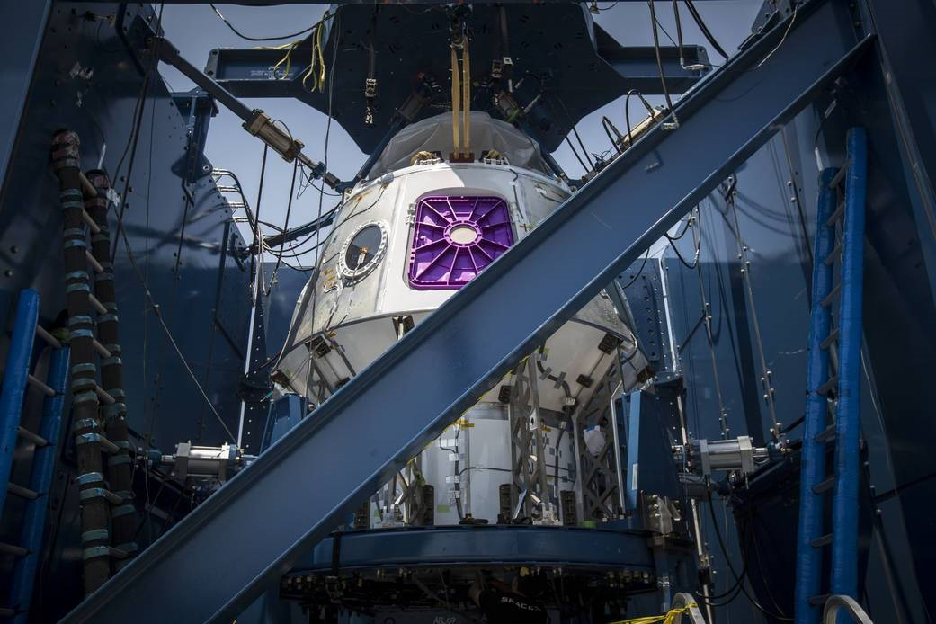 SpaceX Crew Dragon Weldment Structure // FOTO NASA