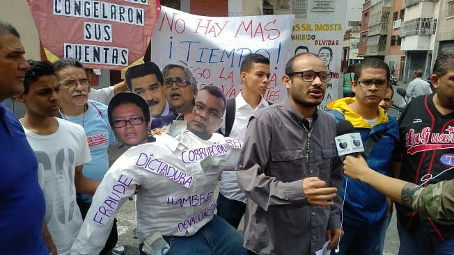 En Caracas quemaron al hambreador Judas Maduro Farías Reverol de Lucena (1)