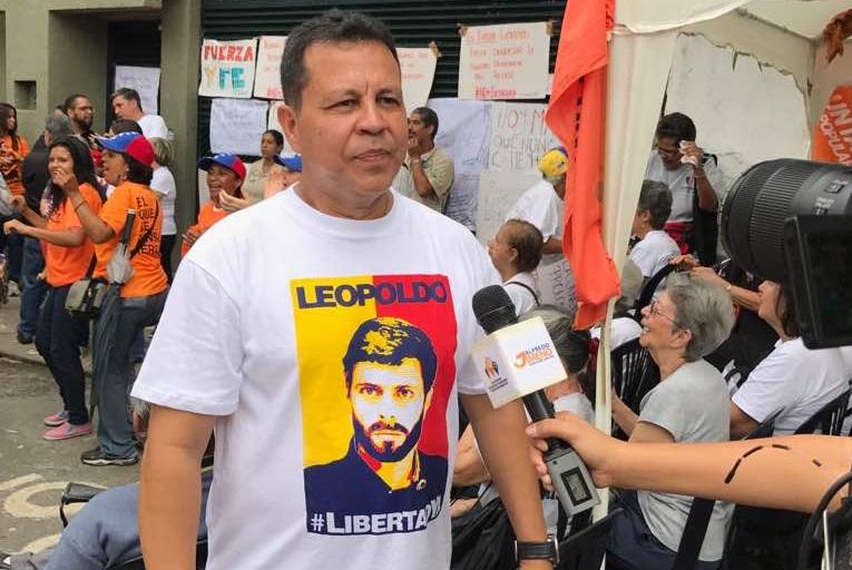 El diputado Ramón Flores