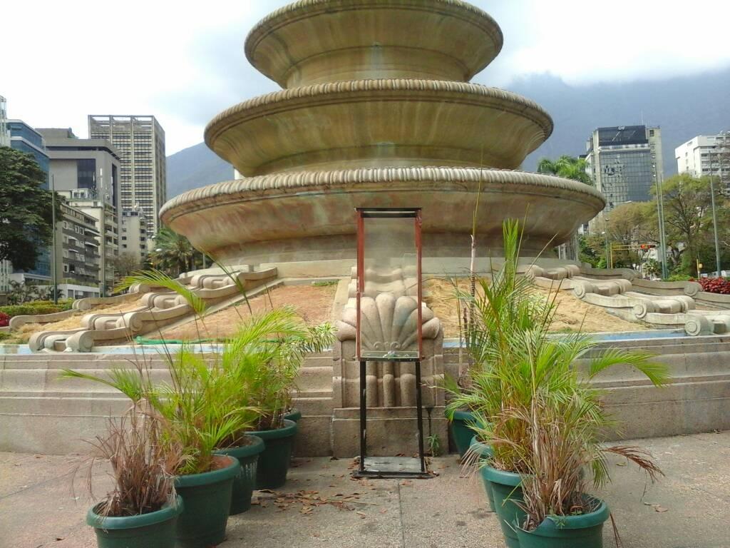 Foto: Desapareció la Virgen de Plaza Altamira / LaPatilla.com