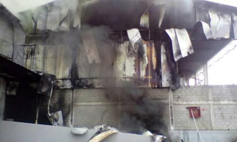 Foto: Reportan incendio en la empresa Munchis / Cortesía