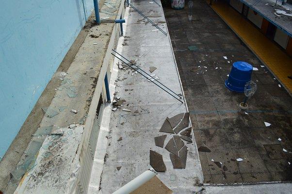 Foto: Daños materiales dejó movimiento telúrico en la sede de la ULA en Tovar / Leonardo León