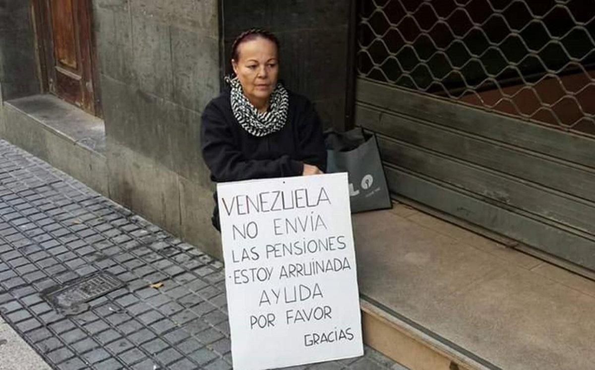 Pensionados del Ivss en el exterior // Foto El Nacional