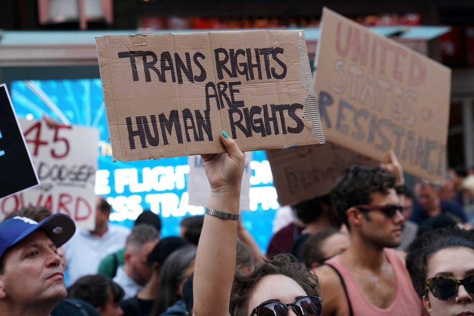 Una protesta por los derechos de los transgénero (REUTERS/Carlo Allegri)