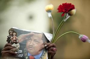 Irán hace votos por la pronta recuperación de Chávez