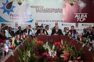 Petrocaribe y Alba apoyan continuidad de gobierno de Chávez y piden por su salud