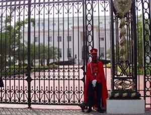 Muere un joven tras inmolarse frente al Palacio Presidencial de Senegal