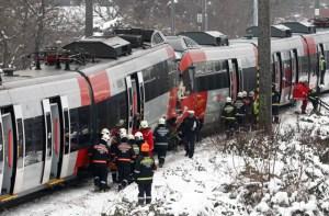 Más de veinte heridos en choque de dos trenes en Viena (Fotos)