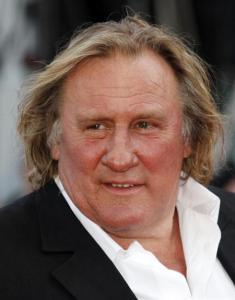 Conceden ciudadanía rusa al actor Gerard Depardieu