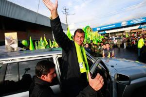 Arranca campaña electoral en Ecuador con Correa como líder de las encuestas