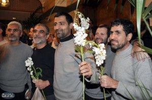 Mal clima deja varados a iraníes liberados en Siria