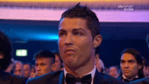 Esta fue la cara de CR7 al escuchar que Messi ganaba su cuarto Balón de Oro  (FOTO)