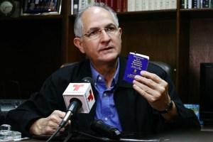 Ledezma: El Presidente está prácticamente secuestrado en Cuba