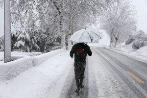 Tormentas y mantos de nieve afectan a gran parte de Medio Oriente