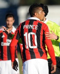 Mensajes racistas contra Boateng obligan al Milan a retirarse de amistoso