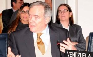 Chaderton dijo que Chávez renovó la fe, cosa que no hizo la Iglesia venezolana