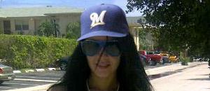 Diosa también cambió de gorra (FOTOS con batazo)