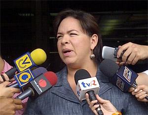 Diputada Varela exigió a la directiva del Psuv controlar a grupos radicales