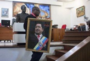 Embajada venezolana en Madrid denunció presunta campaña de El País contra Chávez