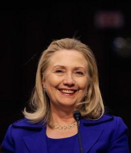 Clinton podría hablar del ataque a la embajada en Bengasi el 22 de enero