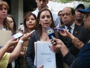 Concejal Dubuc asegura que denuncia de atentado contra Maduro y Cabello pretende desatar una persecución